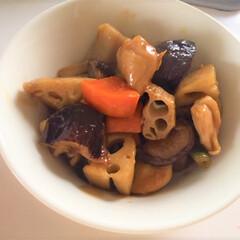 今日の美味しいモノ/イオン/冷凍食品/クッキット/筑前煮/10分 今日の美味しいモノ。 筑前煮を作りました…
