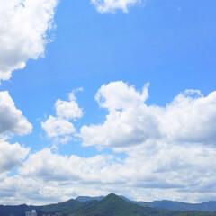 雨季ウキ・フォト投稿キャンペーン/青空/白い雲/夏の雲/景色/爽やか/... 青空と白い雲と。 だんだん夏の雲に変わっ…