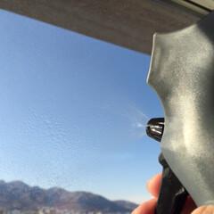掃除グッズ/窓掃除/3coins/3WAYワイパー/霧吹き/スムーズ 窓掃除は手早く簡単に。 3COINSの3…