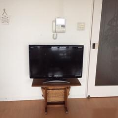おうち/自慢/模様替え/TV/軽々移動 TVをあまり見ないので、32インチでも問…