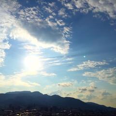 今日の空/太陽/景色/風景 今日の空。 天気が良くてじんわり蒸しまし…