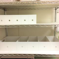 キッチン/食器収納/ワイヤーシェルフ/オープン収納/無印良品/ファイルボックス/... 我が家のキッチン。 食器収納に使っている…