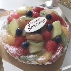 ア・ラ・カンパーニュ/タルトケーキ/バースデーケーキ/誕生日/スイーツ/誕生日ケーキ 夫の誕生日ケーキに大好きなタルト専門店の…