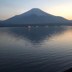 富士山 逆さ富士になりますかね〜?