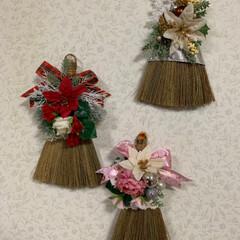 クリスマス/スワッグ風/ほうき/レモン100均/クリスマス2019/ダイソー/... おはようございます☀  ほうきでクリスマ…(4枚目)