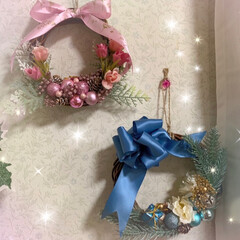 鉢植え/ミニ薔薇/ポインセチア/直径12㎝のリース台/リース/クリスマス/... こんにちは😊🎶  今日は寒くなりましたね…