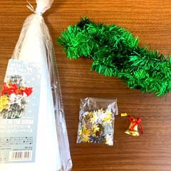 クリスマスリース/手芸用のスパンコール/オーナメント/クリスマスモール/🍘/工作/... こんばんは🌛 急に寒くなりましたね🥶  …(3枚目)