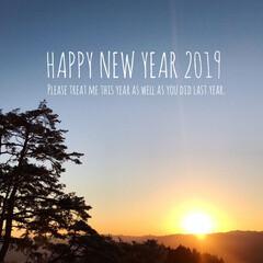 金剛山/2019年/初日の出/正月/あけおめ/フォロー大歓迎/... 明けましておめでとうございます🎊 今年も…