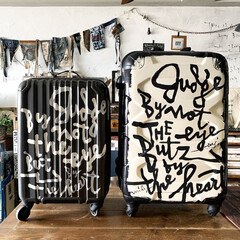 イラストレーター/デザイン/サインペインター/旅行/スーツケース/DIY/... らくがき屋gamiちゃんにスーツケースに…