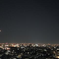 夜空/元旦/スカイツリー/三日月/令和2年初の投稿/お正月2020/... 令和2年1月1日の夜空。 月は三日月。昨…