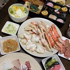 ズワイガニ/タラバガニ/カニ/かに/三段重/おせち料理/... お正月のおせち料理。 我が家のおせち料理…