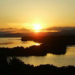 夕日 志摩半島で一番夕日がキレイな場所から、 …