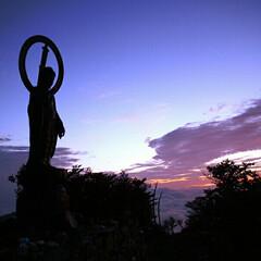 山登り 大峰釈迦ヶ岳の釈迦如来像🎵 昔に夜行で山…