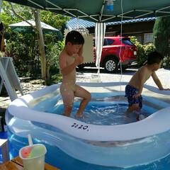水遊び 水遊び🎵 大きなプール購入、 孫と遊んで…