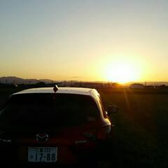 夕日 サンセット🎵  雲ひとつもないキレイな夕…