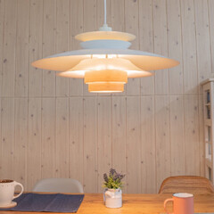 ペンダントライト 北欧 おしゃれ 木目 照明 照明器具 ダイニング リビング led 1灯 新生活 デザイン 西海岸 Ayle エール Lサイズ(ペンダントライト)を使ったクチコミ「ふわっと明るく華やぐあかり🌸  スチール…」(4枚目)