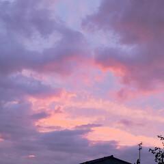 雲/景色/空/台風/フォロー大歓迎 仕事終わりに見た空がやばそう💧💧💧