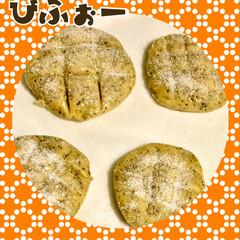 お菓子作り/簡単レシピ/ストレス発散 久々にお菓子作り(´∀`) メロンパンも…