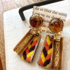 Handmade/手作り/記録写真/ファッションコーデ/ものづくり/resin/... 秋冬アクセサリー。 オレンジ、茶色、黄色…(6枚目)