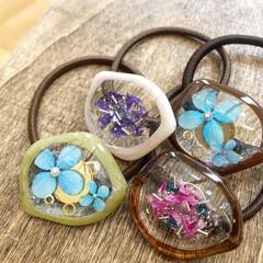 北海道/暮らしを楽しむ/ファッション/アクセサリー/レジン雑貨/レジンアクセサリー/... 変型したフープを利用して作りましたお花の…(2枚目)
