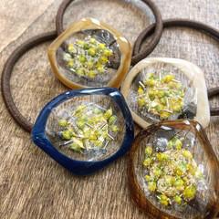 北海道/暮らしを楽しむ/ファッション/アクセサリー/レジン雑貨/レジンアクセサリー/... 変型したフープを利用して作りましたお花の…(3枚目)