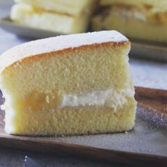 卵白消費お菓子/バナナサンド/おやつの時間/手作りスイーツ/台湾カステラ/おうちカフェ/... 台湾カステラのバナナサンドです。 卵白消…