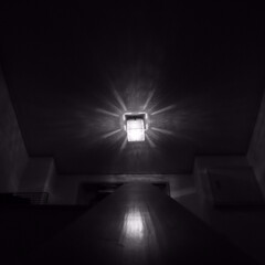 照明/電気/我が家の照明 四角いキラキラとした照明です。