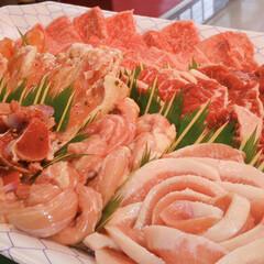 盛り合わせ/焼肉/和牛/お肉/フォロー大歓迎/食材 こんにちは〜皆さまご苦労様です😊 台風酷…