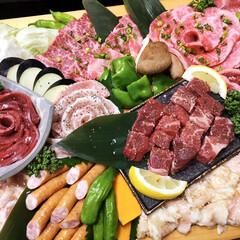 フォロー大歓迎/食材/お肉/盛り合わせ/美味しい/焼肉/... こんばんは〜🤗 皆さまご苦労様で〜す‼️…