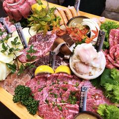 食材/美味しい/熊本/牛肉/フォロー大歓迎/盛り合わせ/... 皆さまこんばんは〜ご苦労様です🤗 ご注文…