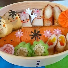 チーズちくわ/キャラ弁/のっけ弁/秋鮭/デコ弁/わっぱ弁当/... こんにちは(^^) スーパーに行ったら …