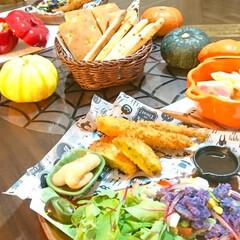 ハロウィン/夕飯/カルボナーラ/かぼちゃ/紫じゃがいも/ハロウィン料理/... ハロウィンディナー かぼちゃのお皿や、か…