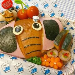 アレンジ/ちくわ/サンドイッチ/塩パン/キャラ弁/お弁当/... おはようございます(^o^) 塩パンを見…