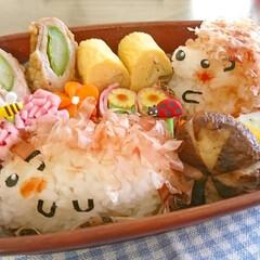 オベンタグラム/お弁当作り/おにぎり/ハリネズミ/キャラ弁/顔おにぎり/... おはようございます(^^) 今日のお弁当…