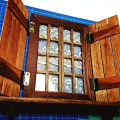 すのこ/フォトフレーム/蝶番/ミニチュア窓/小物/100均/... ちょっと雑だけど 小さい窓作りました(*…(1枚目)