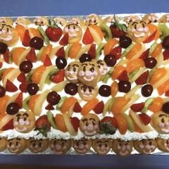 フルーツ/巨大/アンパンマン/誕生日ケーキ/手作り/ケーキ アンパンマン大好きな姪っ子2歳の時のケー…(1枚目)