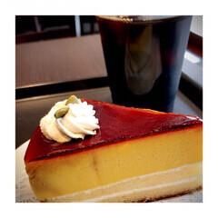 カフェ巡り/カフェが好き/パンプキンケーキ/珈琲が好き/寛ぎの時間/癒し 3時のおやつは パンプキンプリンケーキ …(1枚目)