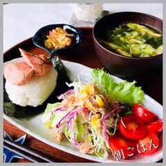 お家ごはん/朝ごはん/手作り/一日の始まり/朝しっかり食べよう/お米好き/... おはようございます。 又、雨です☂️ 肌…