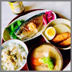 お家ごはん/朝ごはん/手作り/朝ごはんはしっかり食べる派/体に優しいご飯/野菜たっぷり食べよう/... おはようございます😊  今日の朝ごはん🍚…