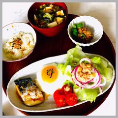 お家ごはん/朝ごはん/手作り/お米好き/野菜好き/節約/... 今日の朝ごはん  もち麦入りご飯 味噌汁…