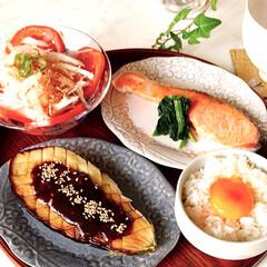 一日の始まり/手作り/朝ごはん/お家ごはん/食器/カトラリー/... 4\11(日) 今日の朝ごはん🍚🥢 卵か…(1枚目)