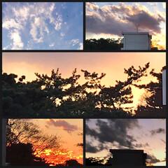 空/夕暮れ/夕焼け/日没/ベランダからの空/1日お疲れさま 12/15 PM 4:30〜5:00 の…