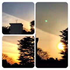 空/夕陽/夕焼け/夕暮れ/空が好き/窓からの景色/... 2/11   17:00  今日の夕焼け…