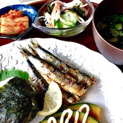 お家ごはん/朝ごはん/朝ごはんしっかり食べたい/お米好き/野菜好き/手作り/... おはようございます🌱  10月1日 雨模…
