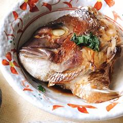 スタミナ丼/夏に向けて/スタミナご飯/スタミナ飯/スタミナ盛り 今夜のおかずは、 鯛の兜煮 海老、卵、ニ…(4枚目)