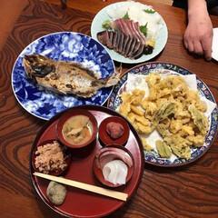 我が家のテーブル/お食い初め 子供のお食い初めの時のテーブルの風景