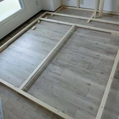 DIY/賃貸マンション/原状回復出来ます/シャビーシック/収納スペース作ってます もう一つの木枠が・・・・