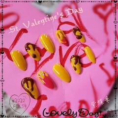 チョコレートネイル/バレンタインネイル/ネイル/ネイルチップ/セルフネイル/フォロー大歓迎/... Cafeにパンケーキ食べに行った時の ネ…