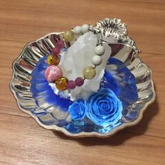 ハンドメイド/リミアの冬暮らし こちら、シルバーのお皿に水晶を置いて、絵…(1枚目)