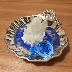 ハンドメイド/リミアの冬暮らし こちら、シルバーのお皿に水晶を置いて、絵…(2枚目)